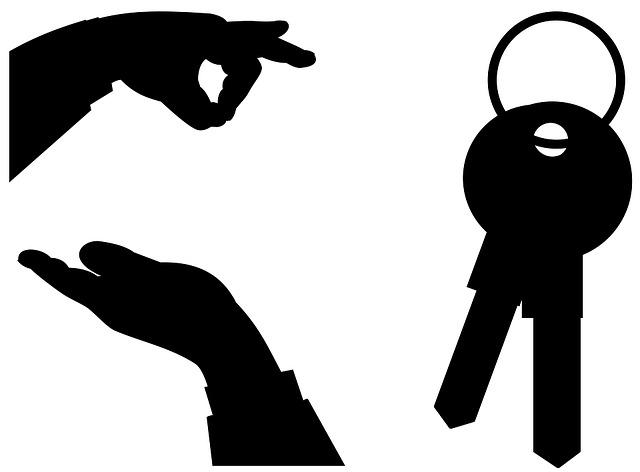 ruce a klíče
